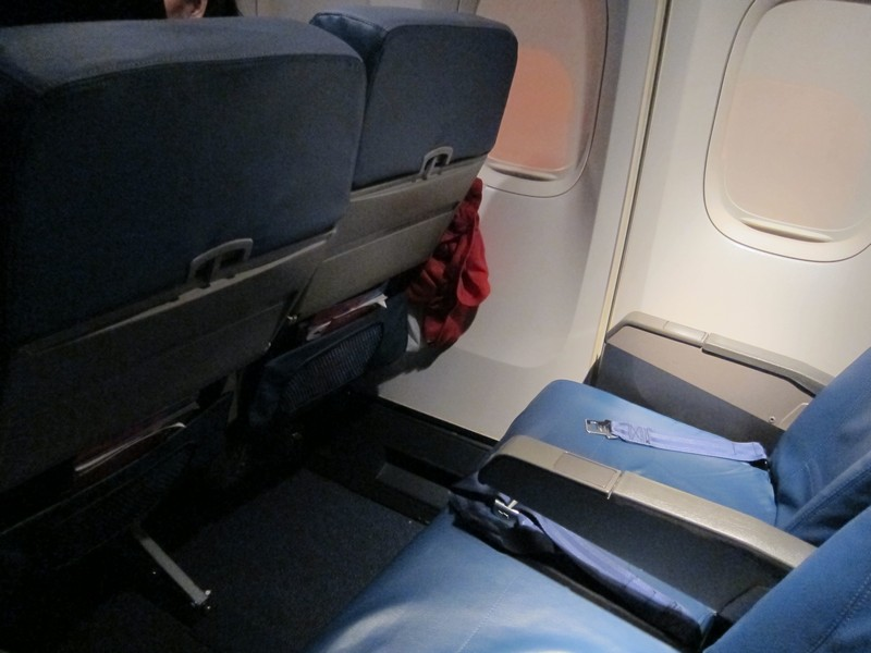 Delta economy comfort review is it worth it the points guy for What is the difference between delta comfort and main cabin
