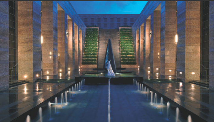 Grand Hyatt Mumbai Courtyard