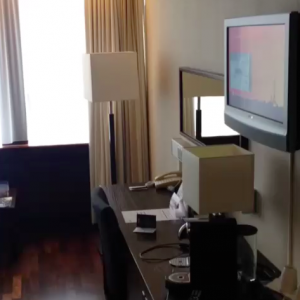 Complimentary WiFi and a flatscreen TV added to the room's appeal.