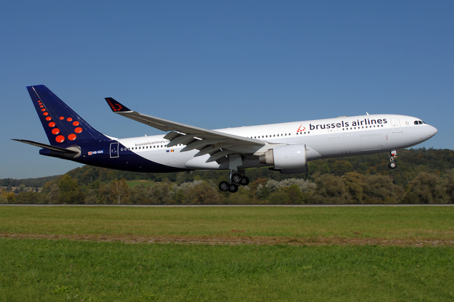 Flight Review Brussels Airlines A330 200 Business Class