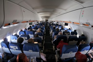 The main cabin of United's A320