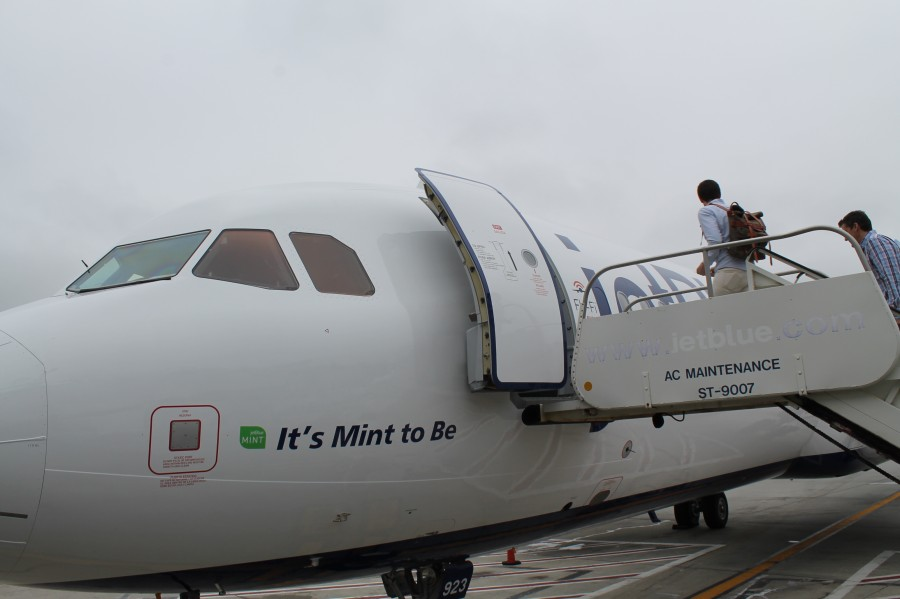 A321 featuring Mint
