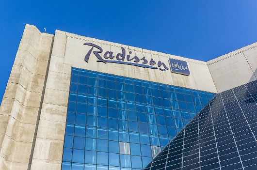 Radisson Blu is part of Club Carlson. Image courtesy of Shutterstock.