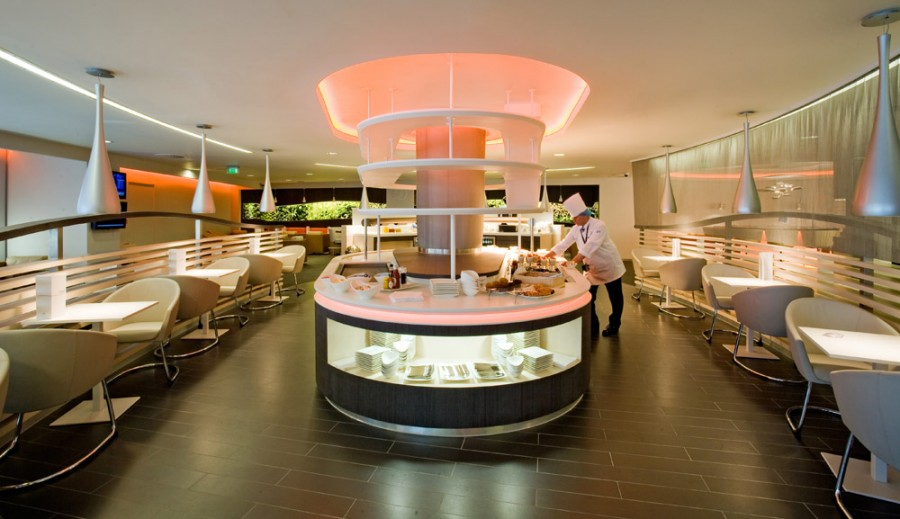 The dining area of SkyTeam's Heathrow lounge