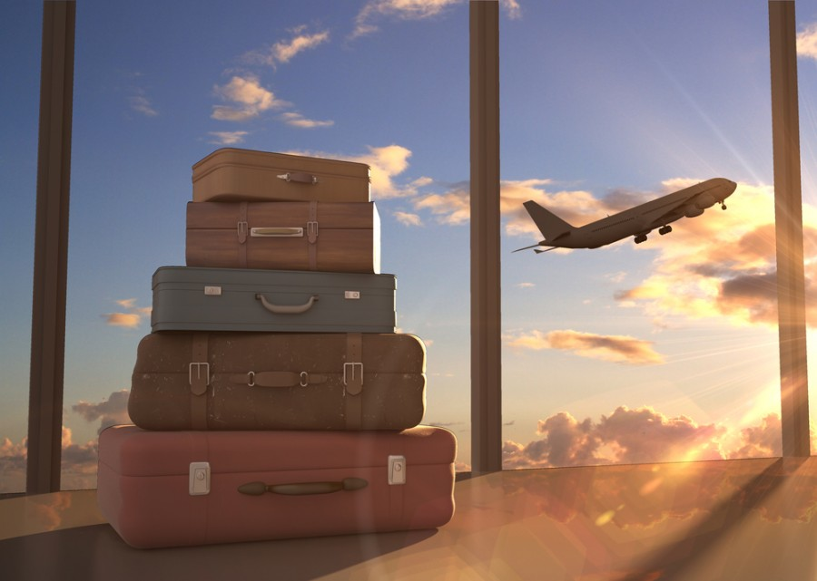 oneworld's new priority baggage benefits include priority handling for Emeralds and Sapphires, and additional baggage allowance for Sapphires. (Image courtesy of Shutterstock)