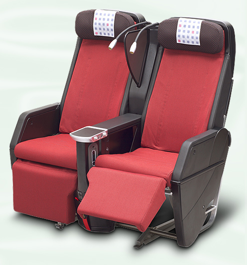 JAL's Sky Premium seats are even more spacious than their older Sky Shell seats.