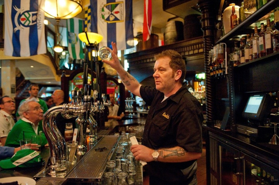 12 best irish pubs across america for Vega arredamenti bar