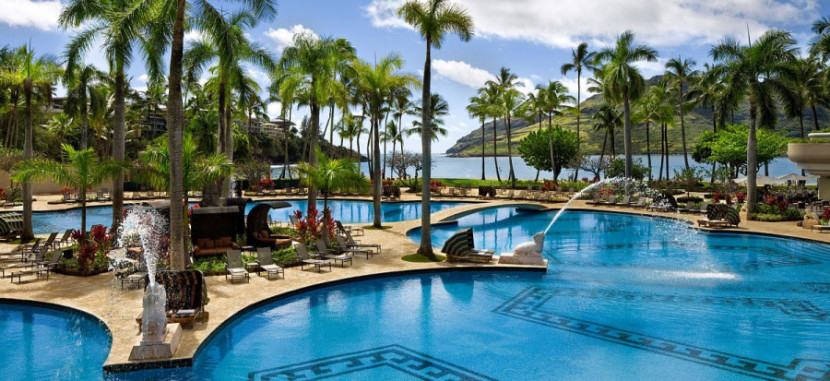 The pool at the Kaui Marriott Resort