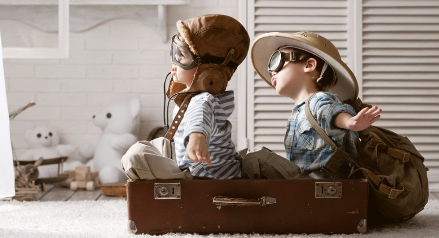 Companion flying kids featured shutterstock 184331537
