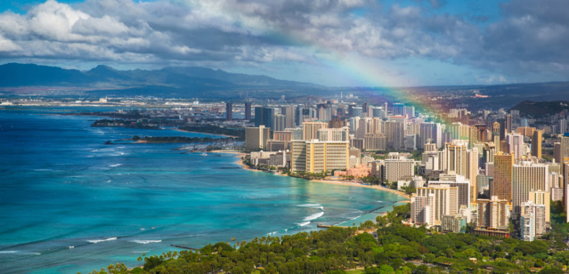 There are still lots of ways to use points and miles to travel to Hawaii this Labor Day.