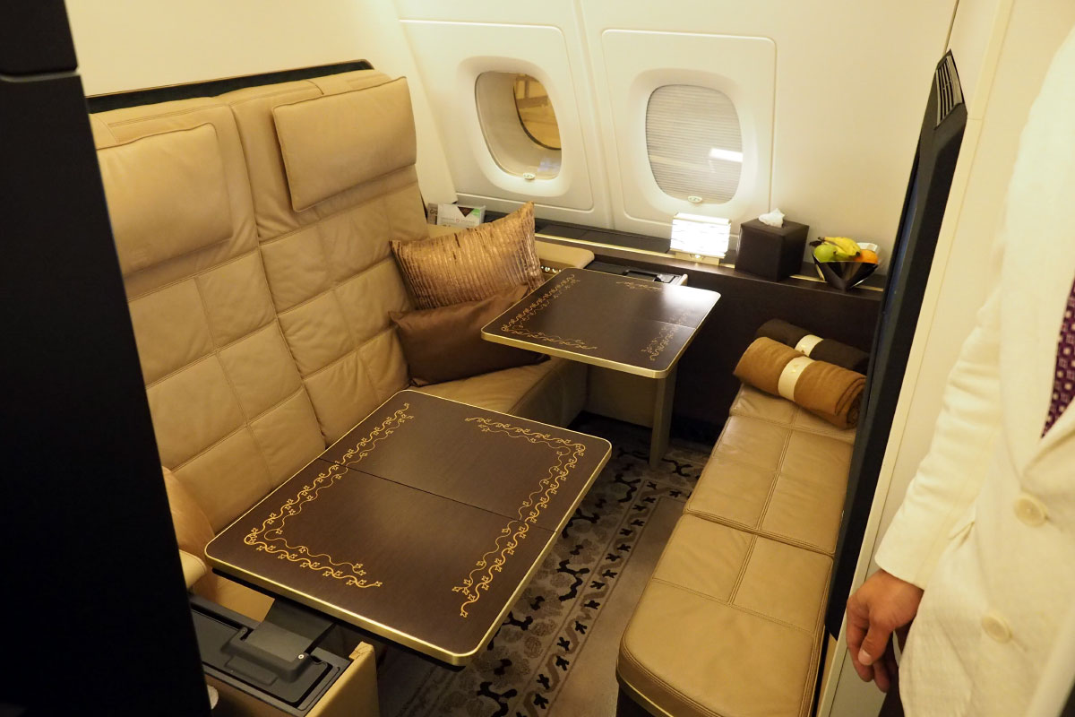 Touring The Residence Etihad S 20 000 A380 Suite