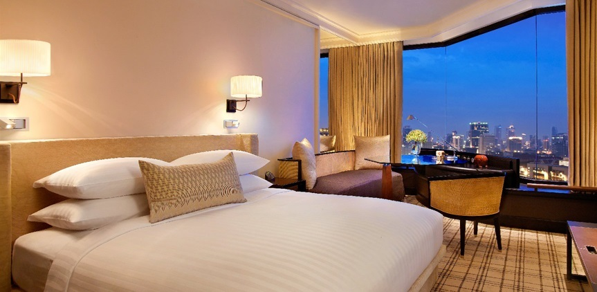 Grand-Hyatt-Erawan-Bangkok-Grand-King-Bedroom featured 2