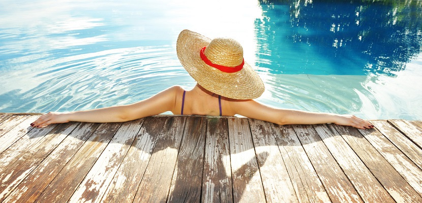 Summer vacation pool featured shutterstock 69712366