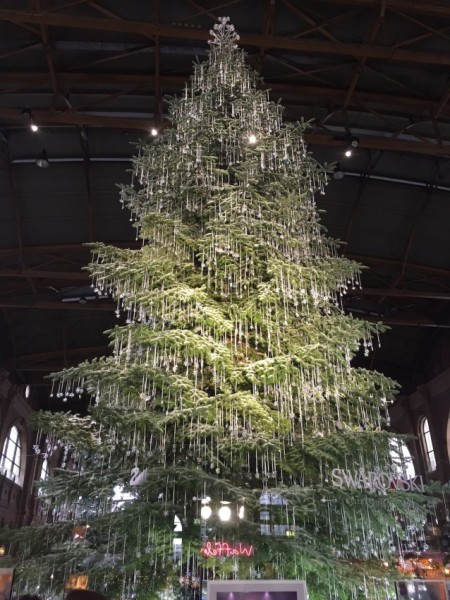 The 7,000 crystal ornaments on the Swarovski Christmas tree in Zurich's main train station was a terrific welcome to the city.