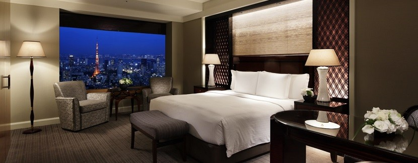 The Ritz-Carlton card offers perks that go above and beyond the hotel experience.
