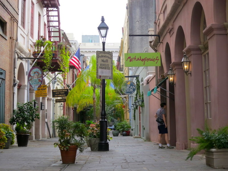 Pedestrian alleys like Exchange Place make perfect hideaways for hangover breakfasts.