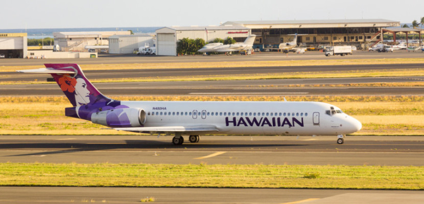 hawaiian boeing 717- featured