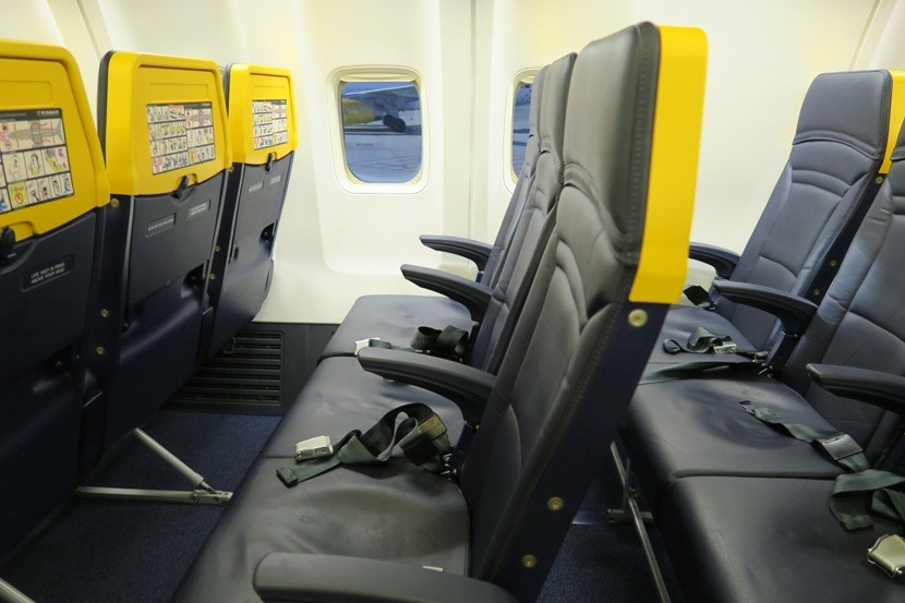 Quot Seat Act Quot To Set Minimum Sizes For Airline Seats