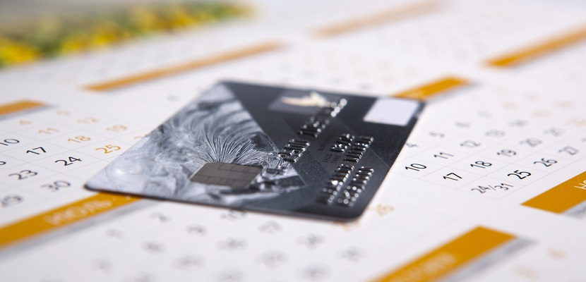 Calendar credit card featured shutterstock 177709553