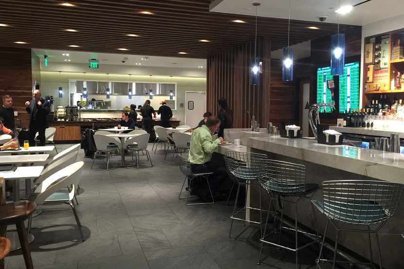 The dining room at the SFO Centurion Lounge.