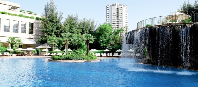 Each year, the Hyatt Visa awards you a free night at a Category 1-4 hotel, such as the Grand Hyatt Santiago.