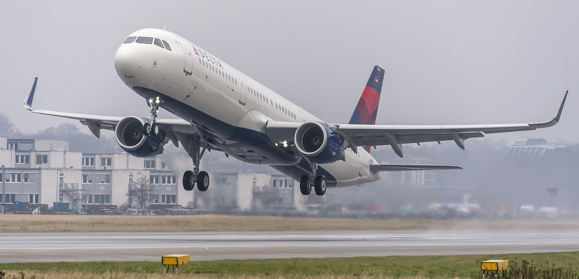 Delta plane A321 take off featured